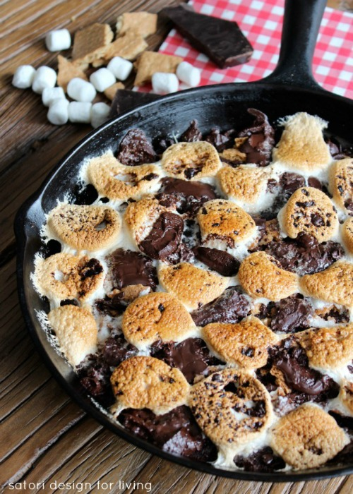 Skillet s'mores brownies.