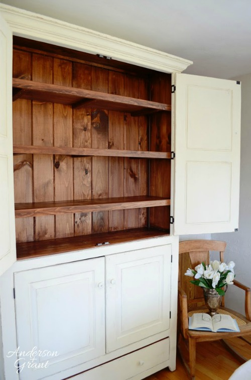 Painted wood pantry cupboard and other summer project ideas.