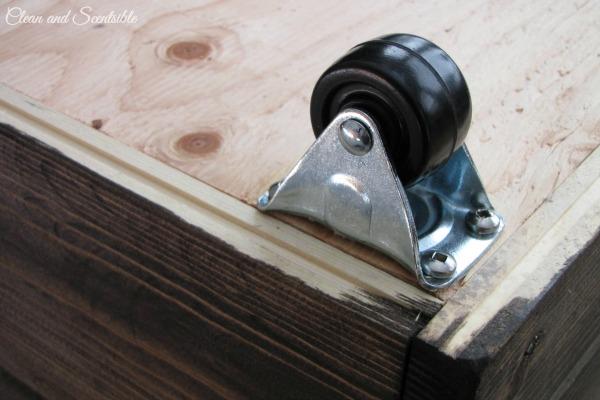DIY Wooden Crate Tutorial.