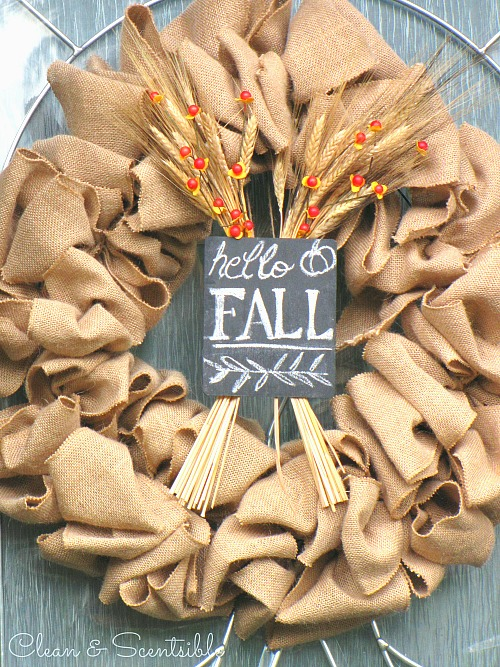 Easy DIY Burlap Wreath Tutorial. This can easily be changed up for any season!  //cleanandscentsible.com
