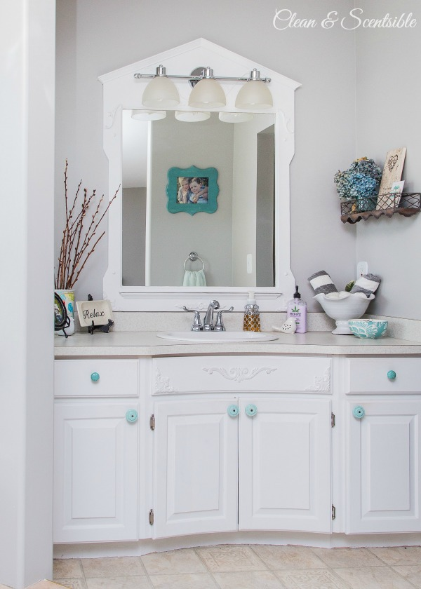 Beautiful home tour.  // cleanandscentsible.com