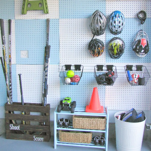 Awesome DIY pegboard organization system! // cleanandscentsible.com