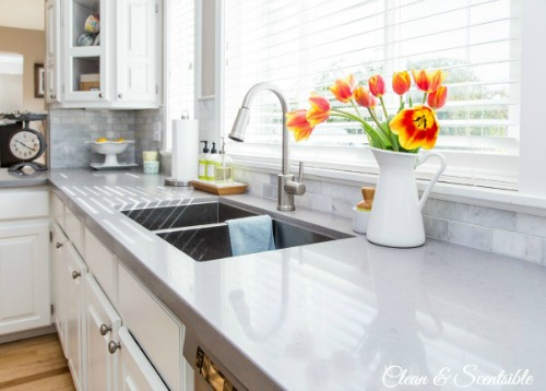 White-Kitchen-from-Clean-and-Scentsible-10