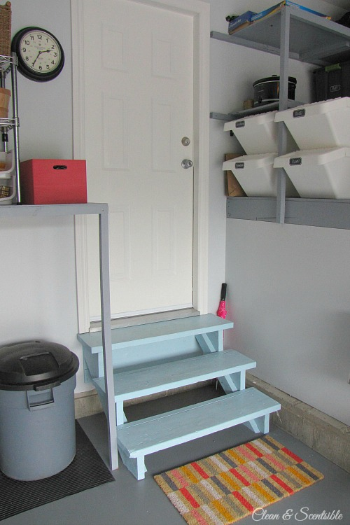 Awesome garage makeover!  Lots of practical tips to get your own space organized! // cleanandscentsible.com
