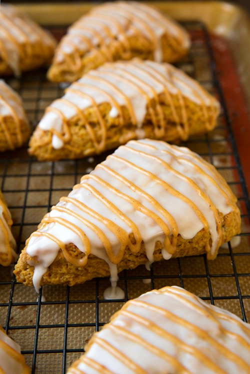 Pumpkin Scones {Starbucks Copycat} and lots of other delicious pumpkin recipes for fall! // cleanandscentsible.com