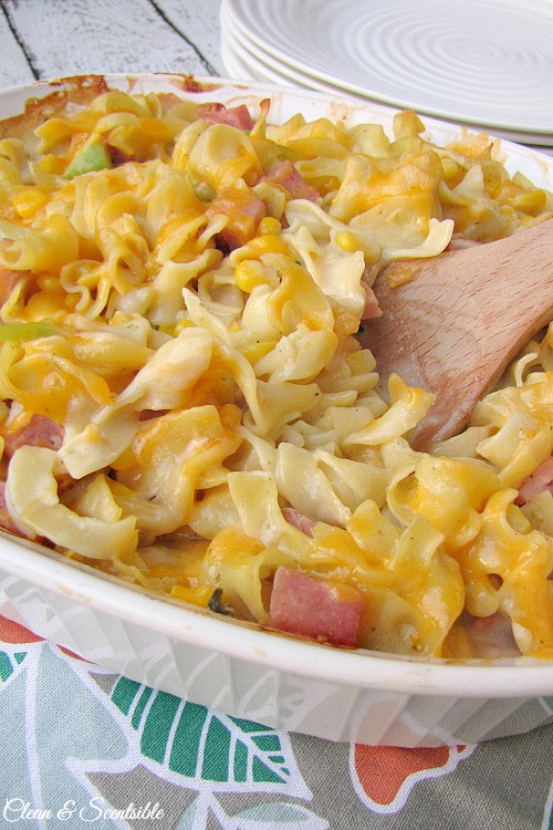 Cheesy pasta, ham and veggie casserole.  Makes a great family meal and works well for freezing!  There is a vegetarian option too. // cleanandscentsible.com