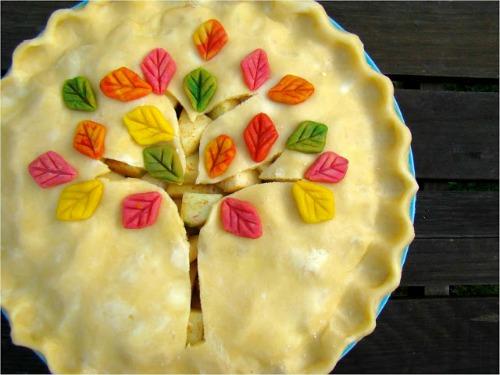 Delicious Thanksgiving Dessert Ideas. // cleanandscentsible.com