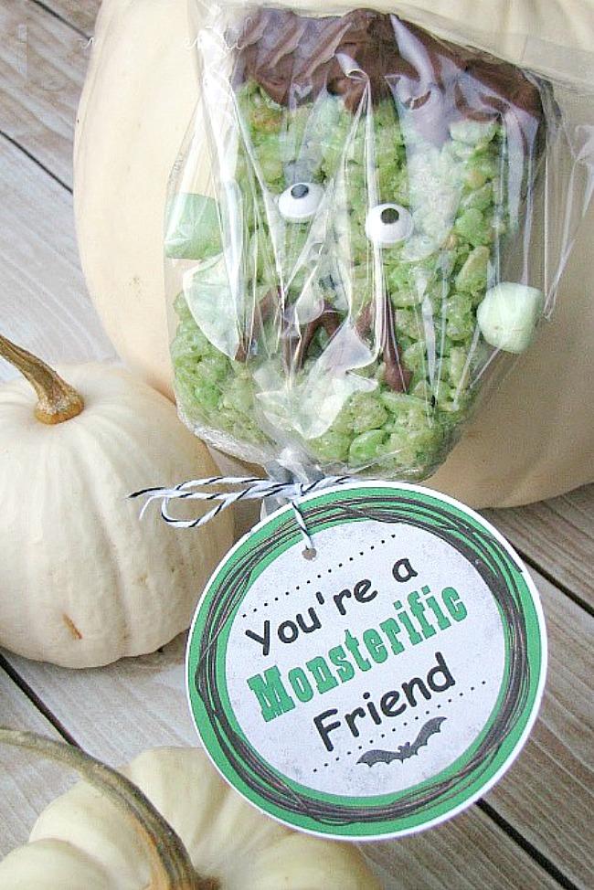 Cute Frankenstein Rice Krispie treats with free printable Halloween tags.