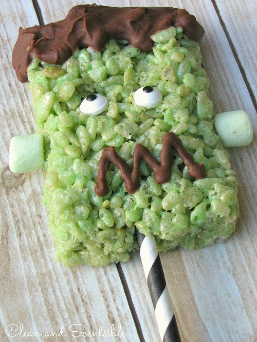 Frankenstein Rice Krispie Pops - so cute!!  // cleanandscentsible.com