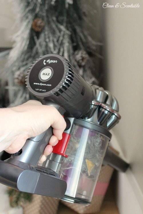 The Dyson Animal DC72 - powerful, light weight, and easily adaptable to a variety of cleaning tasks. // cleanandscentsible.com