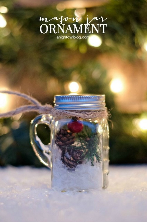 These mini mason jar ornaments are adorable and so easy to make!