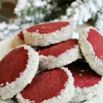 Red velvet shortbread. //cleanandscentsible.com