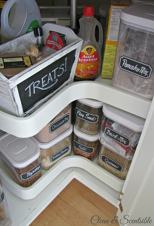 Practical ideas to organize your small pantry space. // cleanandscentsible.com