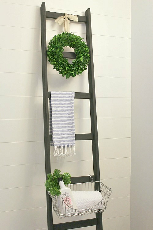 Love The Look Of This Diy Ladder Such A Great Way To Add Some Extra