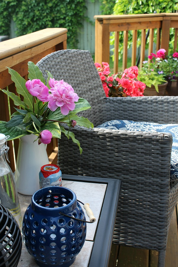 Great tips for creating your own outdoor oasis.