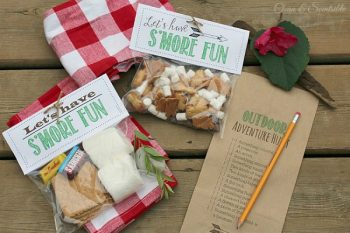 Outdoor Scavenger Hunt and S'mores Printables