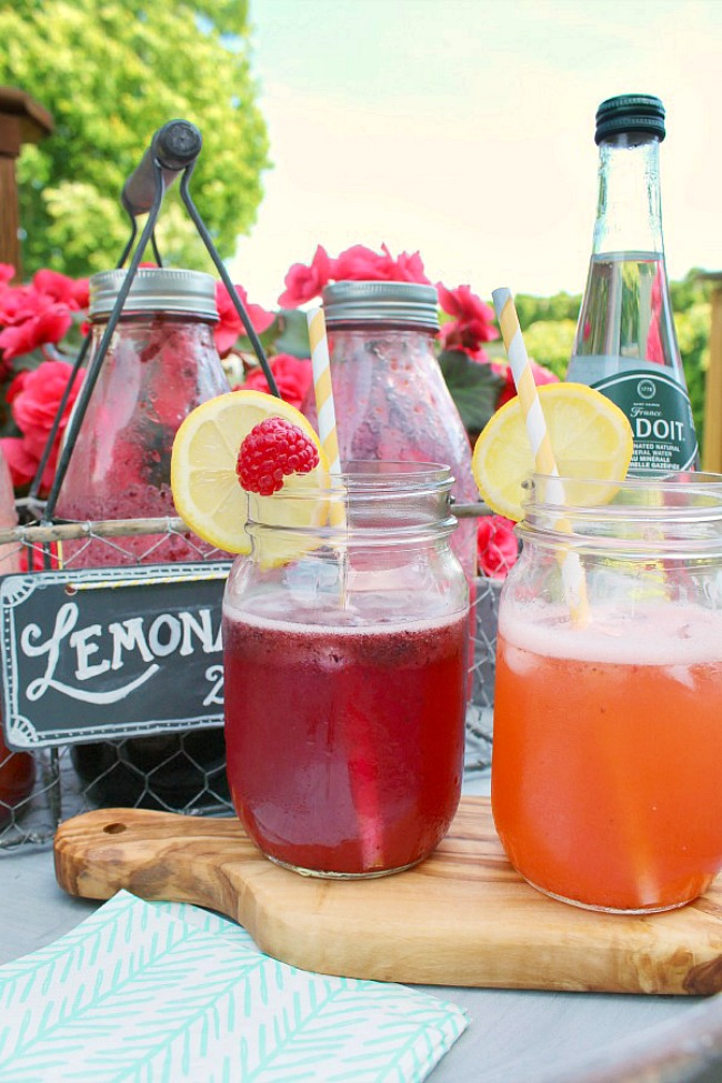 Homemade lemonade flavored with a variety of fruit syrups.