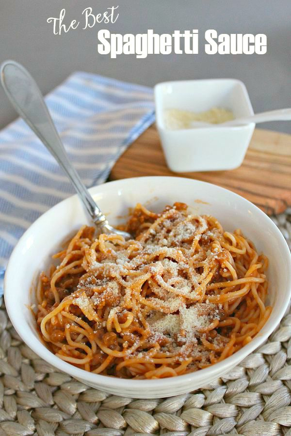 This creamy cheesy spaghetti sauce is the best out there! Simple to prepare and perfect for those busy weeknight meals!
