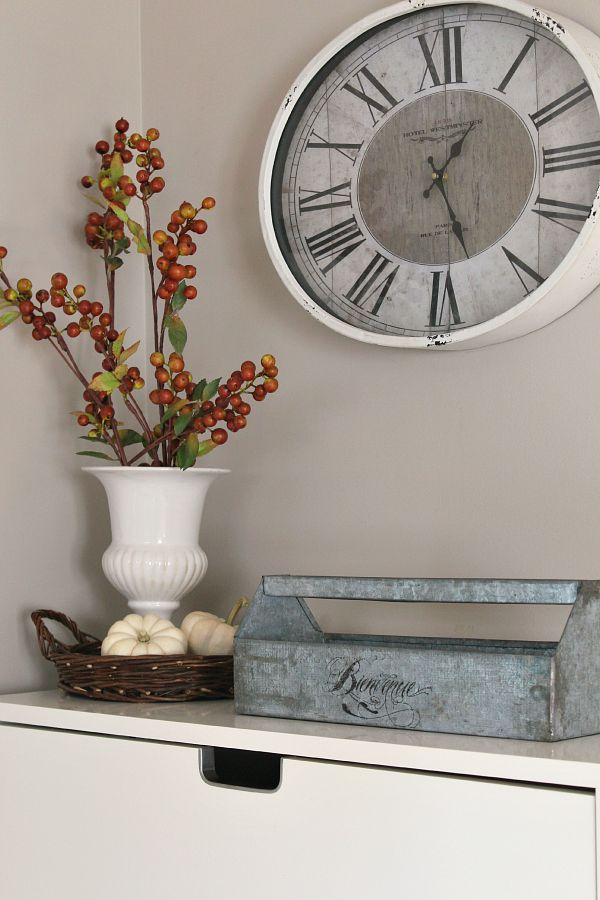 Fall front entry and beautiful home tour.  Tons of fall inspiration!