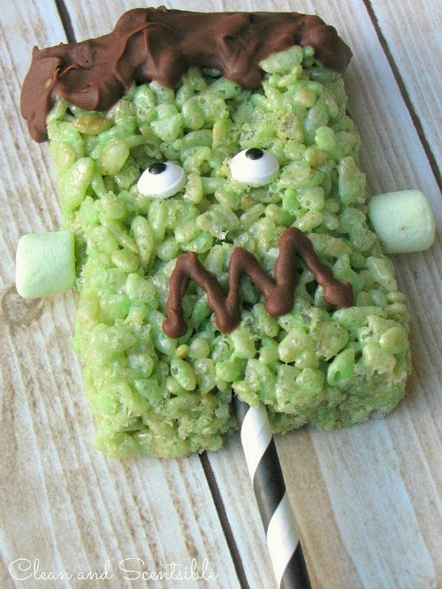Frankenstein Rice Krispie Halloween Pops.