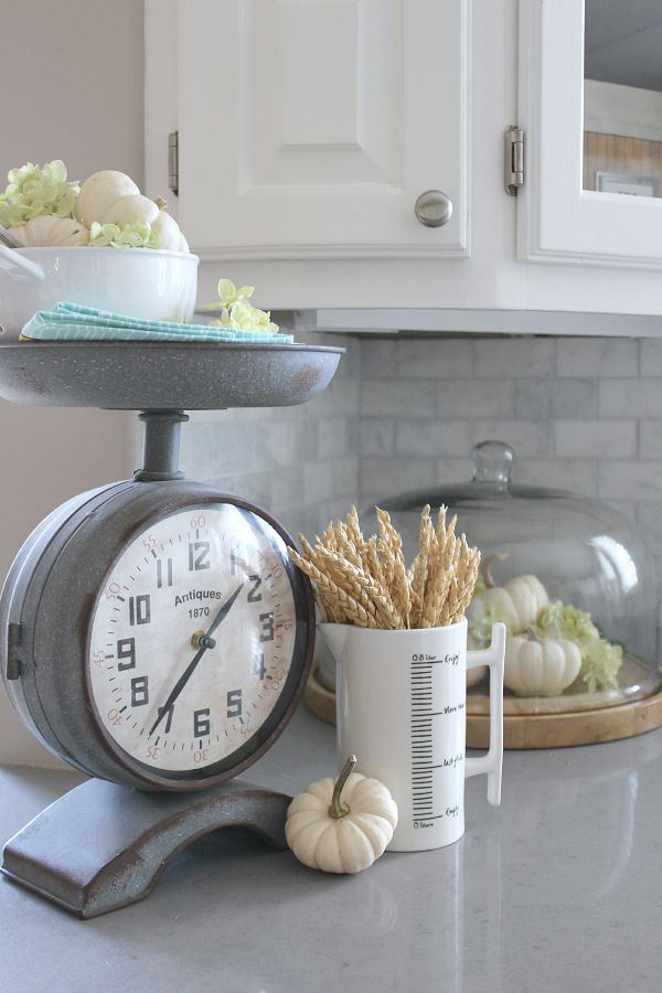 Canadian fall home tour clean and scentsible for Decor steals scale
