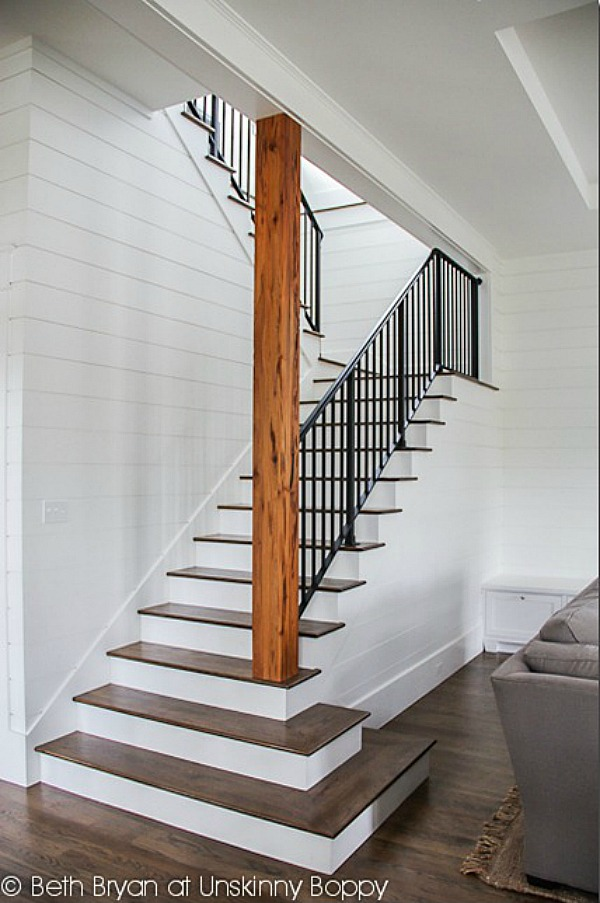 Basement Stair Landing Decorating: How To Clean And Organize The Basement