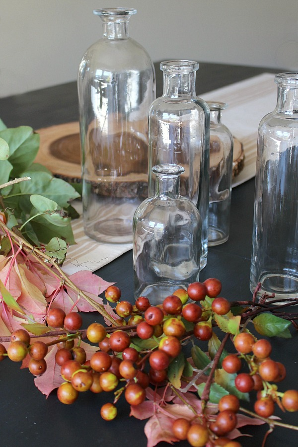 How to decorate with faux stems - a simple, inexpensive decorating idea that can be done in less than 10 minutes!