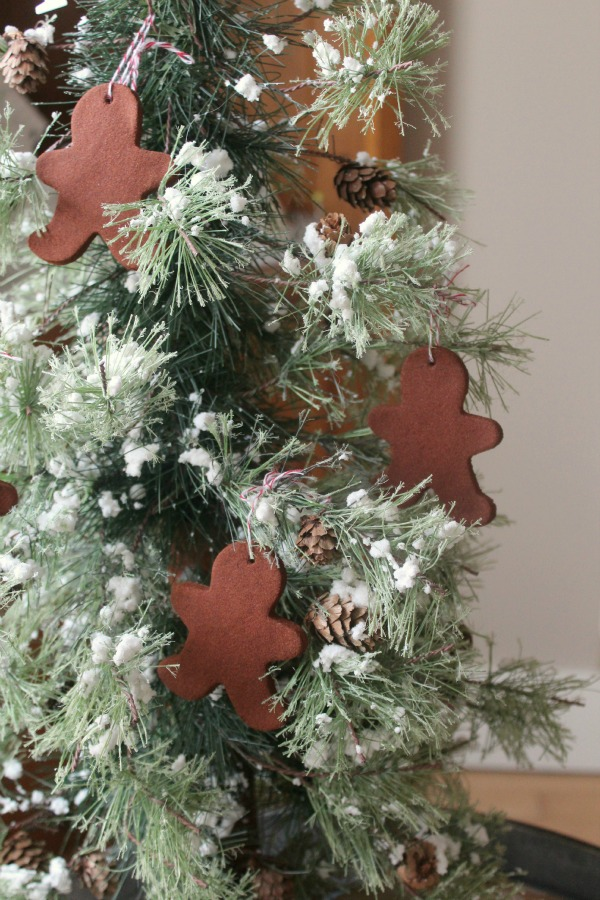 Christmas Cinnamon Ornaments - Clean and Scentsible