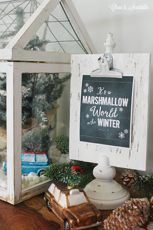 Free chalkboard Christmas printable - love this cute marshmallow world vignette!