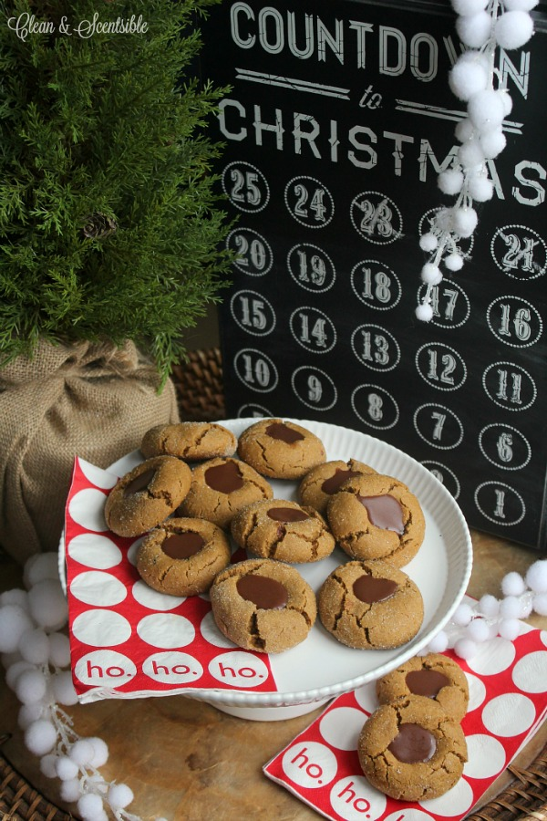 These gingerbread chocolate thumbprint cookies are soft and chewy with ...