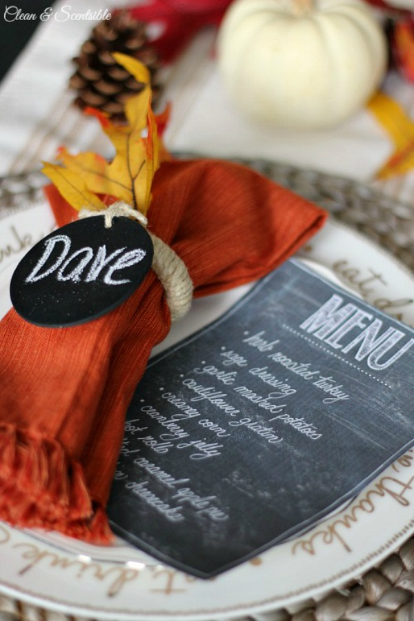 Printable chalkboard menu - perfect for holiday parties!