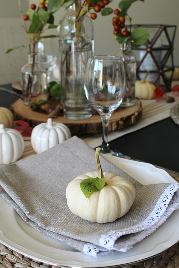 Thanksgiving Tablescape Ideas 5