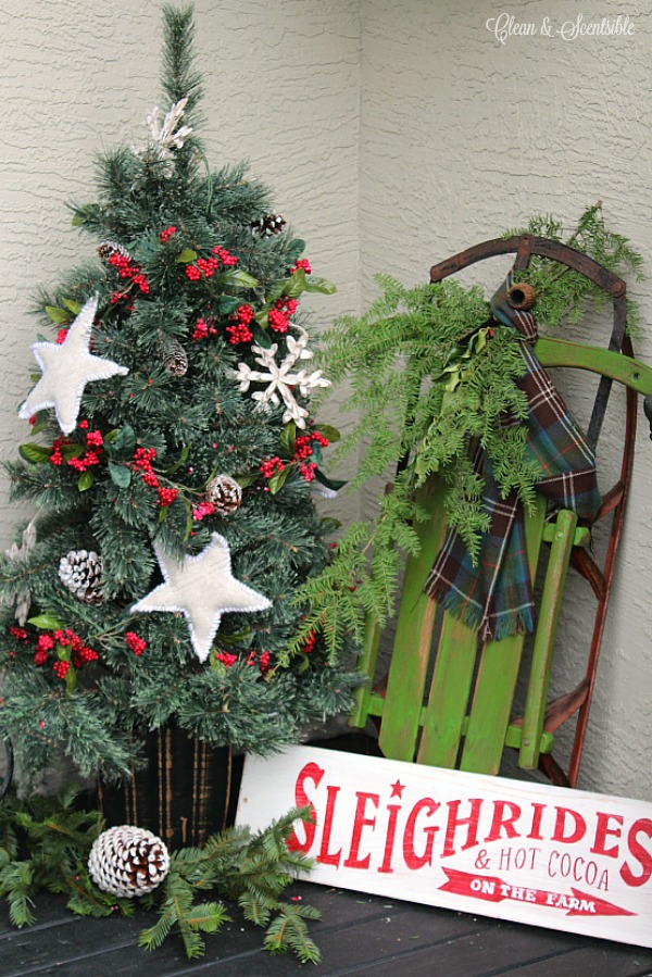 christmas front porch - Rustic Christmas Porch Decorating Ideas