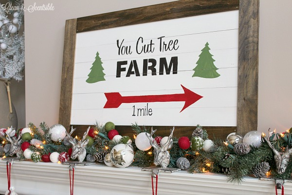 Christmas tree farm sign and tutorial for how to make a wood slat sign.