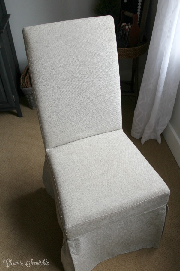 Great Tips For Cleaning Upholstered Chairs Or Other Furniture