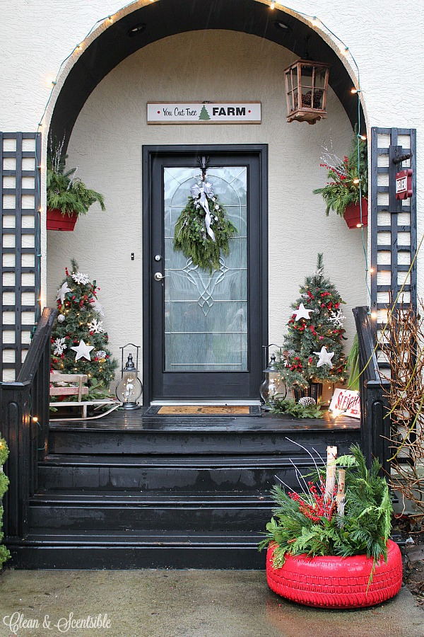 Tire Christmas Planter 3