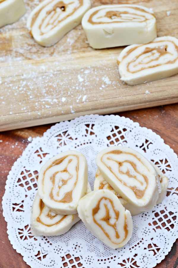 Old Fashioned Sweet Butter Roll