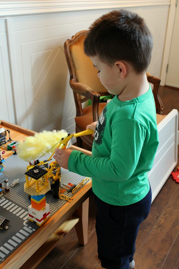 Encouraging creative play in kids with Swiffer.