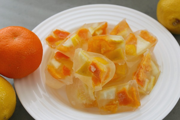 These vinegar and citrus cubes are a quick and easy way to clean your garbage disposal.