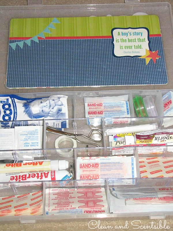 Great way to organize first aid supplies.