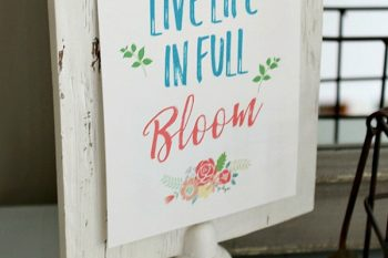 Free Spring Printables and Vignette
