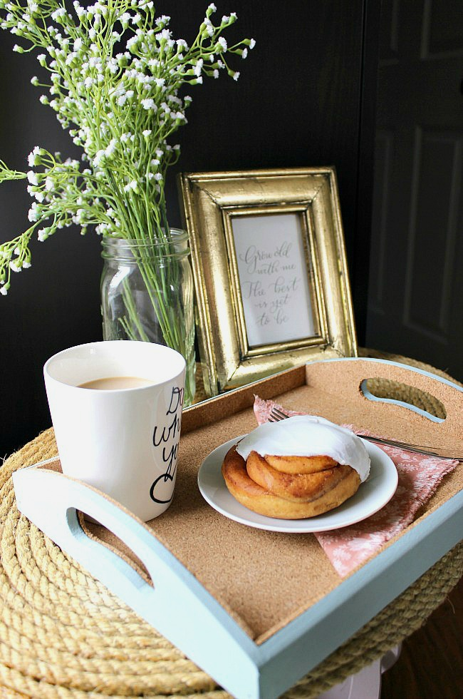 Create this easy DIY wooden tray for the perfect Mother's Day breakfast in bed!