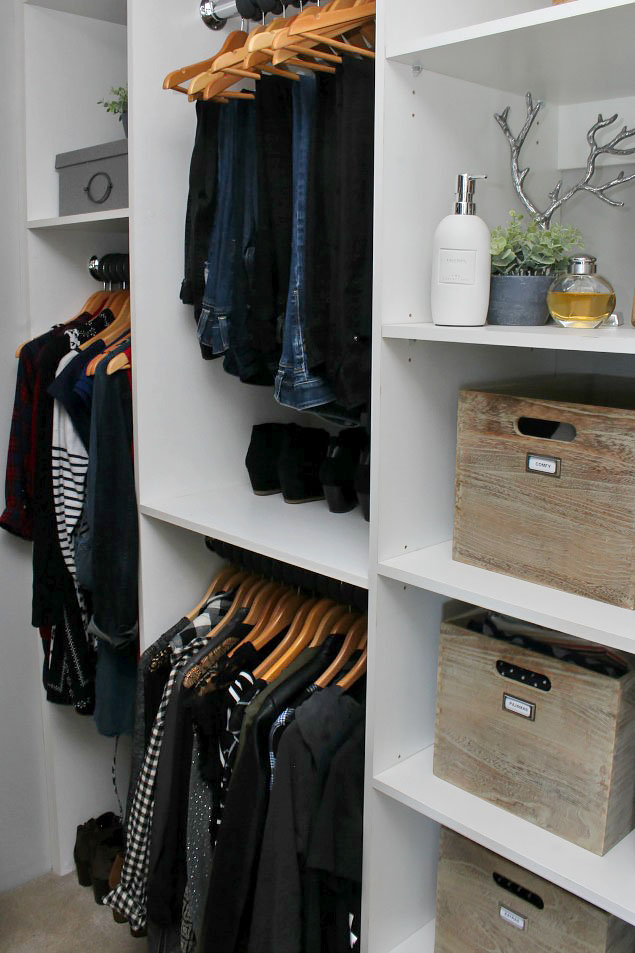 Great tips on how to declutter your clothing. Read this and then go and clean out your closet!