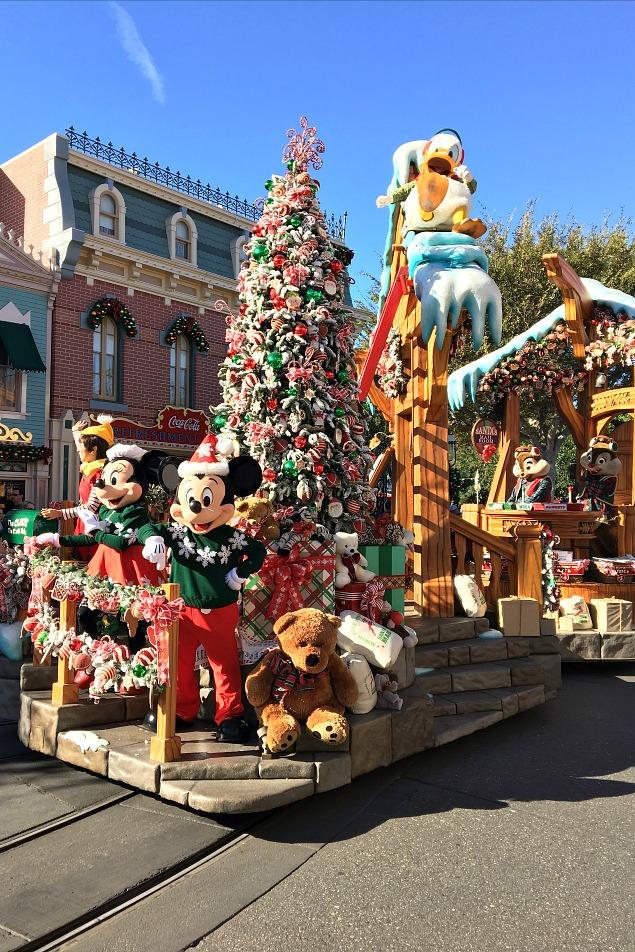A Christmas Fantasy Parade. 10 magical things to see at Disneyland at Christmas.