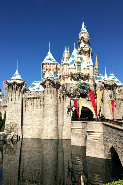 Sleeping Beauty's Castle at Christmas. Top 10 things to do at Disneyland at Christmas time.