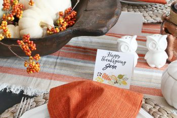 Thanksgiving Tablescape and Free Printable Thanksgiving Place Cards