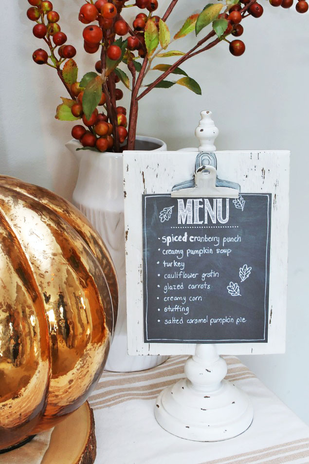 Thanksgiving Tablescape ideas and free printable Thanksgiving