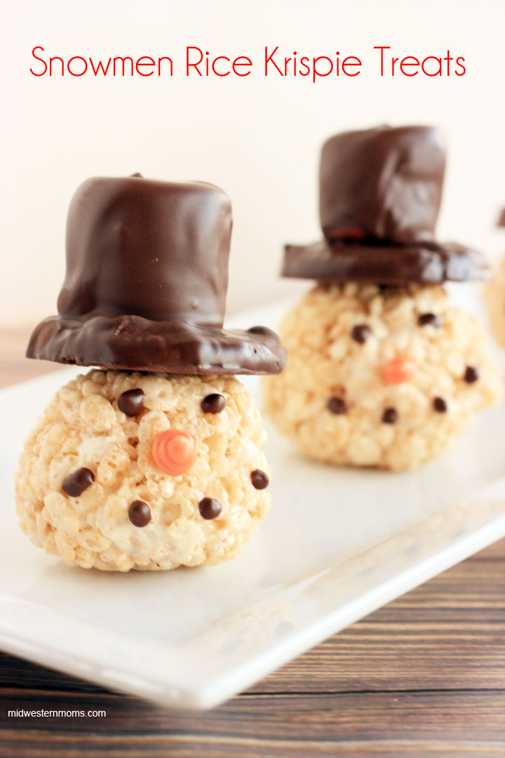 Snowmen Rice Krispie Treats.Quick, cute and easy Christmas Rice Krispie treats! Fun for class treats, Christmas parties or fun dessert ideas!