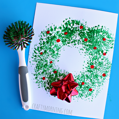 dish-brush-christmas-wreath