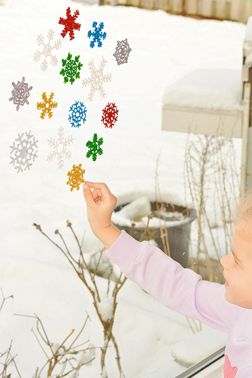 snowflake-window-clings